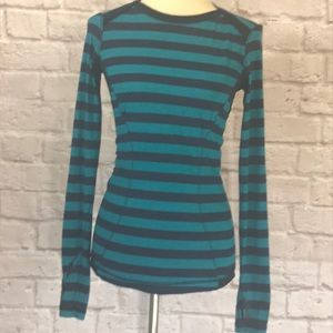Lululemon Kanto Catch Me Top, blue stripe, S